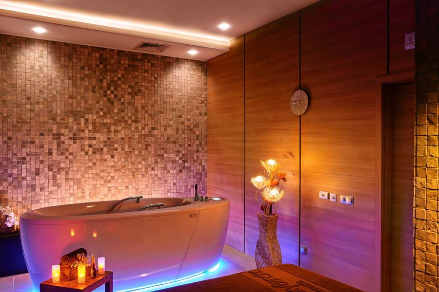 Combined Bath | Lucky Bansko & SPA
