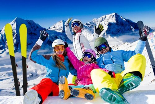 Family on winter ski vacation | Lucky Bansko SPA & Relax