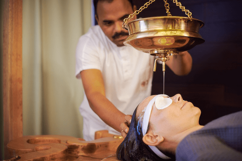 Ayurveda clinic therapy