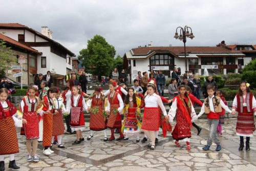 Musical, song and dance folklore performances | Lucky Bansko