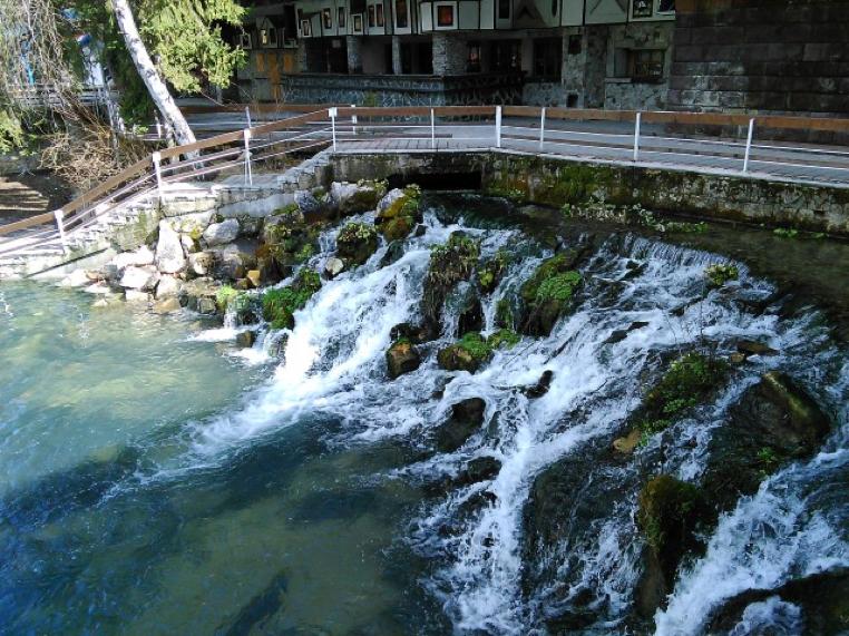 Kleptuza Dam | Lucky Bansko