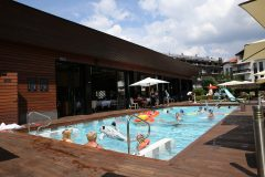 Outdoor swimming pool 3 | Lucky Bansko