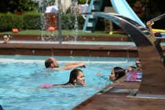 Outdoor swimming pool 6 | Lucky Bansko