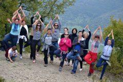 Practica yoga în onoarea Drăgaica