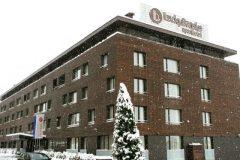 Lucky Bansko Aparthotel SPA & Relax | Winter facade