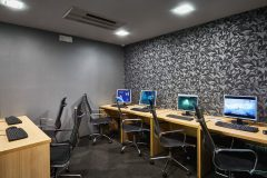 Free computer hall