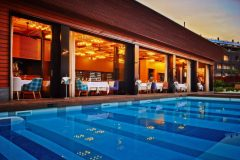 Outdoor swimming pool | Lucky Bansko