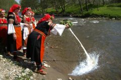 Traditions to the river | Lucky Bansko