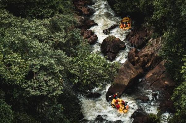 What is rafting in Bansko?